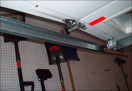 Garage Door Track Repair Tarzana,CA